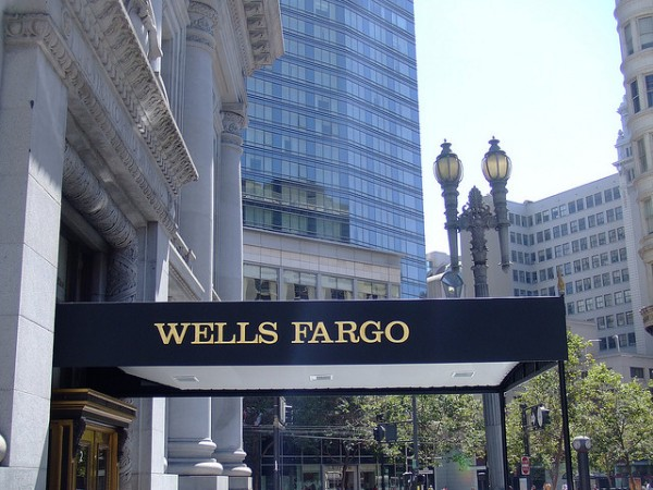 Wells Fargo & Co (WFC)