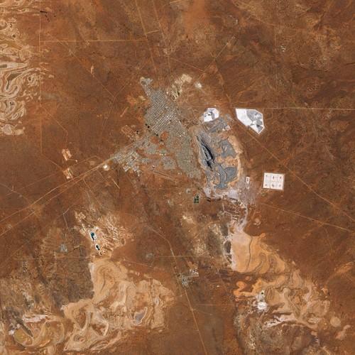 600px-Super_Pit_Mine,_Kalgoorlie,_Western_Australia