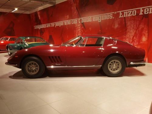 800px-1965_Ferrari_275_GTB_Leightweight