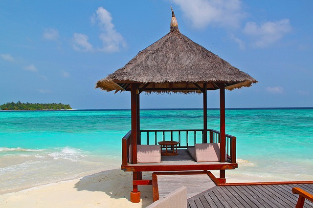 beach-hut- travel tourism vacation