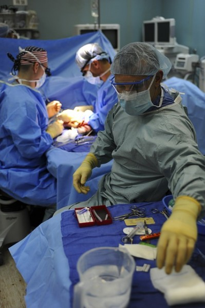 doctor-surgery 19 Highest Paying Jobs for Doctors