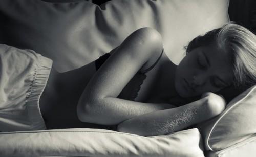 sleep-woman