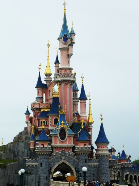 disneyland-paris-234579_1280