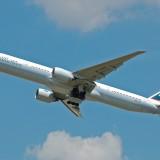 airplane-744880_1280