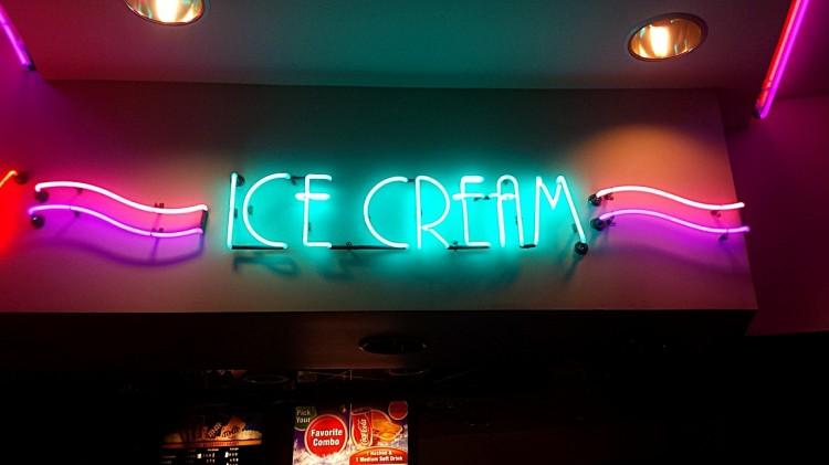 ice-cream-676470_1280