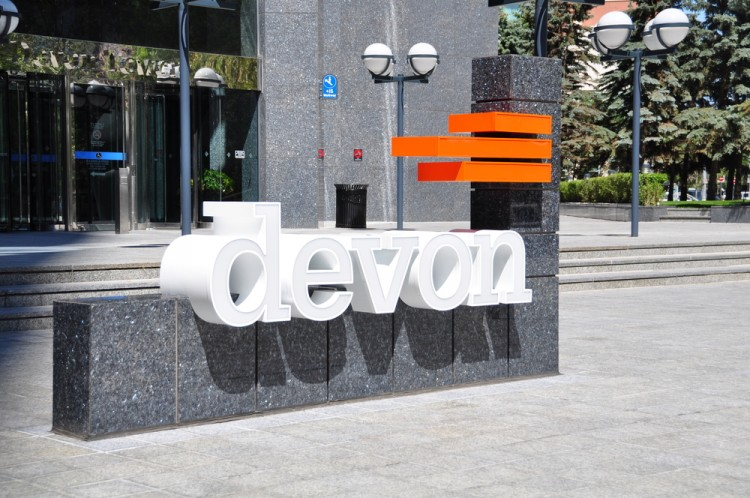Devon Energy Corp (NYSE:DVN), Logo, Headquarters, Buliding, Sign, Symbol, Oil, Gas, Fuel