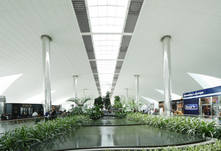 21 Biggest Airports in the World