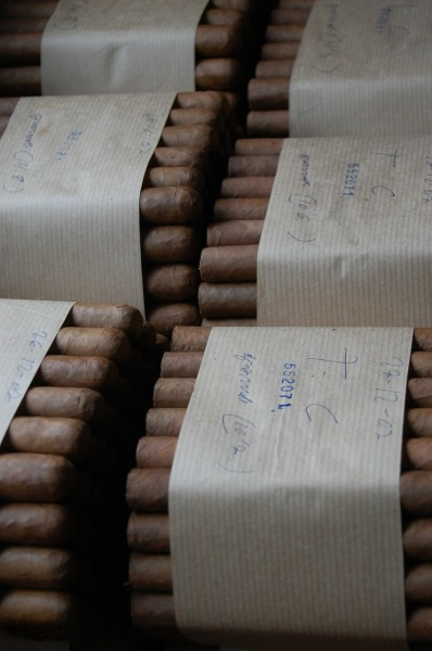 cigars-623760_1280 7 Countries That Make The Best Cigars in The World