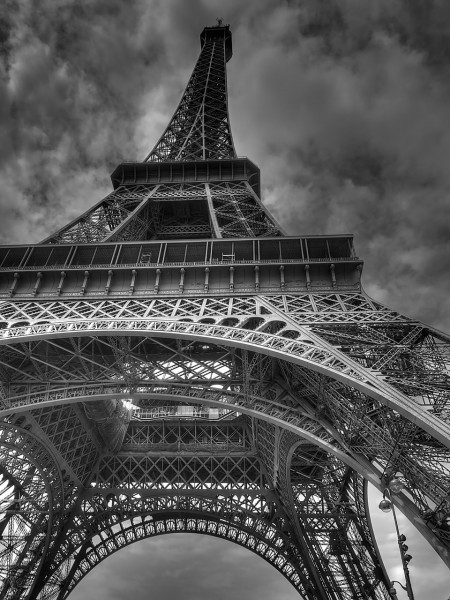 eiffel-tower-522344_1280