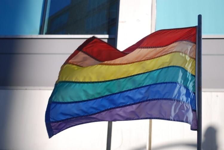 gay-743009_1920