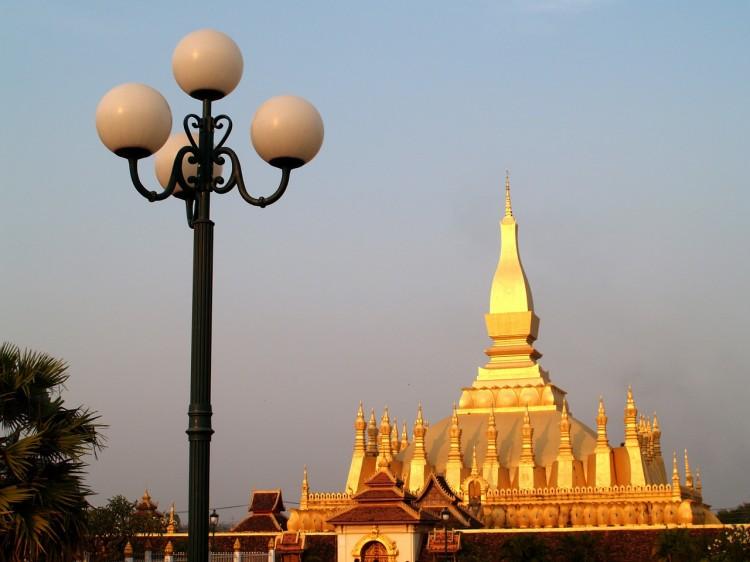 golden-pagoda-142255_1280