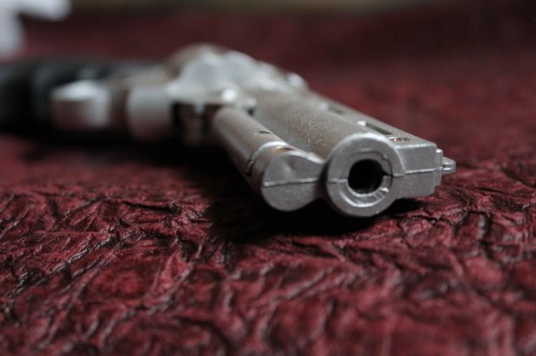 gun-166507_1280