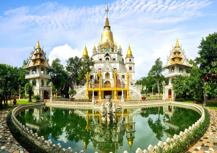 nguyenkhacthanh/Shutterstock.com