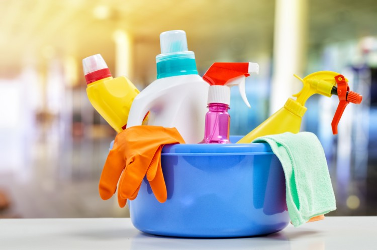 15 Household Products That Contain Cadmium, Methanol, or Benzene