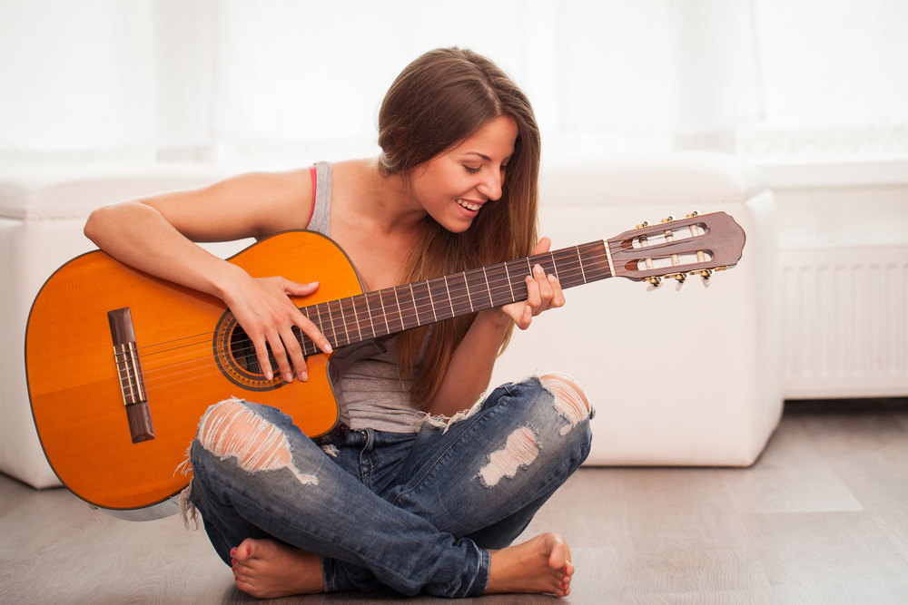 10 easiest acoustic guitar songs to play insider monkey. Black Bedroom Furniture Sets. Home Design Ideas