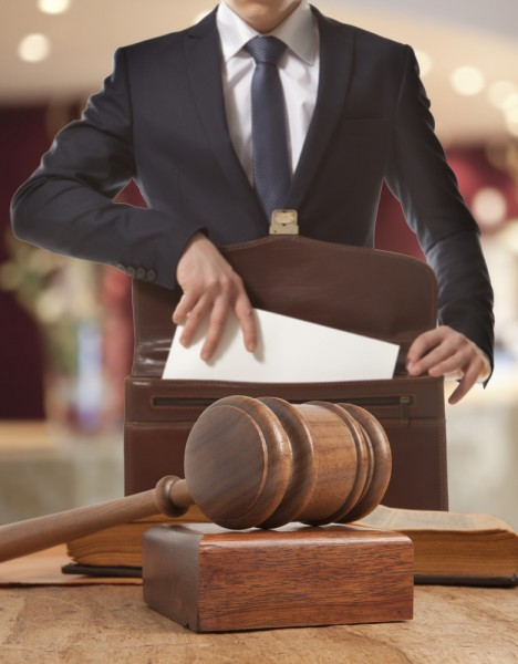 10 Highest Paying Countries for Lawyers