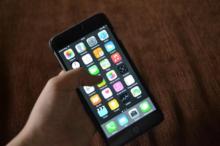 iphone-563060_1920
