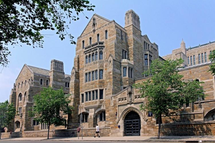 Top 7 Ivy League Colleges for Economics