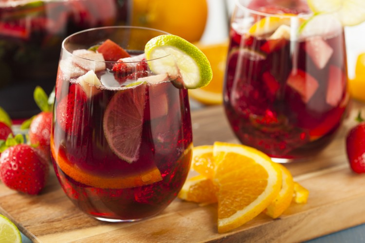 Easiest Alcoholic Drinks to Digest - Sangria