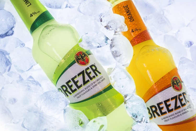 Easiest Alcoholic Drinks to Digest - Breezers