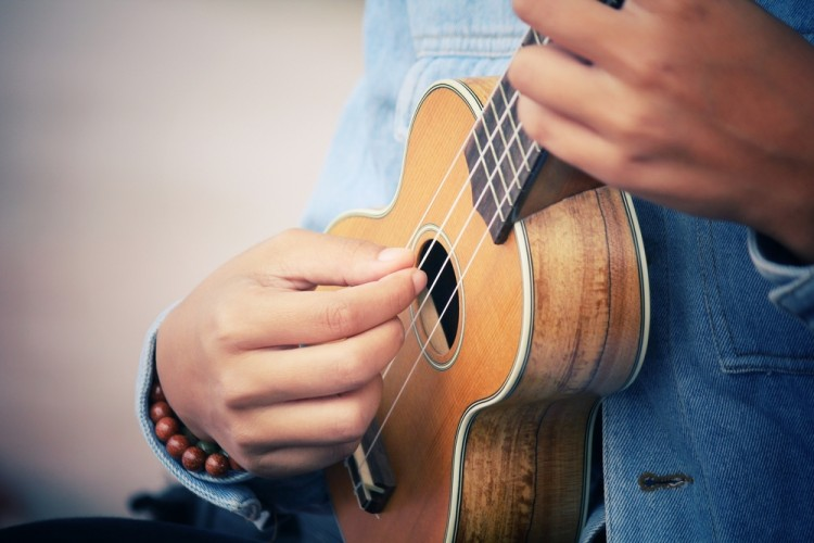 7 Easiest Hawaiian Ukulele Songs for Beginners