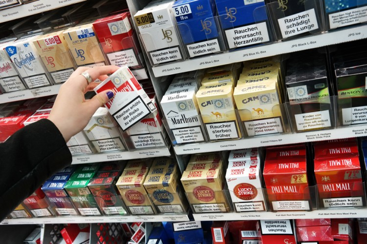 Cigarettes Marlboro price per pack UK
