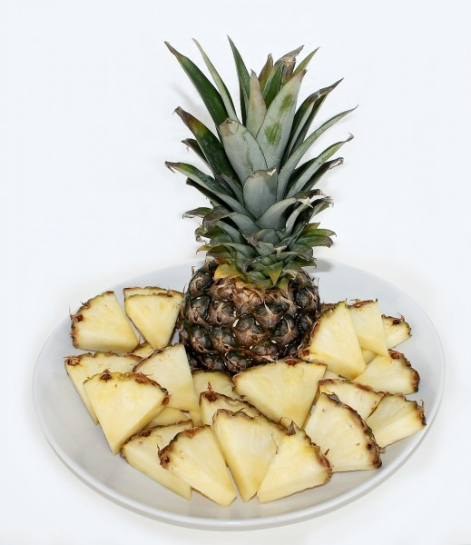 Most Consumed Fruits in the US - pineapples