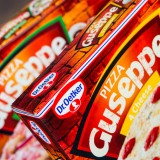 box, brand, cheese, commercial, company, diner, dr., editorial, fast, fat, food, frozen, guseppe, illustrative, logo, object, oetker, paper, pizza, product, sauce, snack, symbol, tomatoes, unhealthy