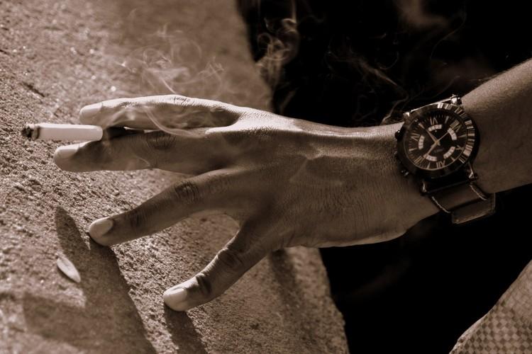 smoking-685656_1280