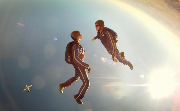 free-fall-89349_1280
