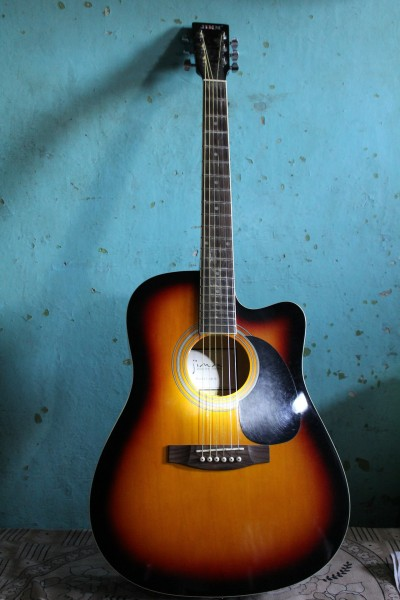 11 most expensive acoustic guitars in the world insider monkey. Black Bedroom Furniture Sets. Home Design Ideas