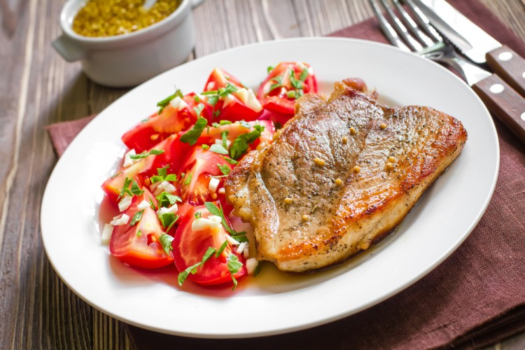 meal, steak, pork, shine, roast, dish, beef steak, meal, barbecue, beef, plate, fried, white, lamb, prepared, restaurant, grill, barbecued, gourmet, garlic, salad, meat steak, roasted, vegetable, dinner, skirt steak, neck of pork, tomato, pork shoulder blade, grilled, beefsteak, t-bone steak, lunch, fillet, appetizer, cuisine, cooked, sirloin, fresh, served, bbq, loin, food, juicy, eating, filet, meat, parsley, marinated, portion, barbeque