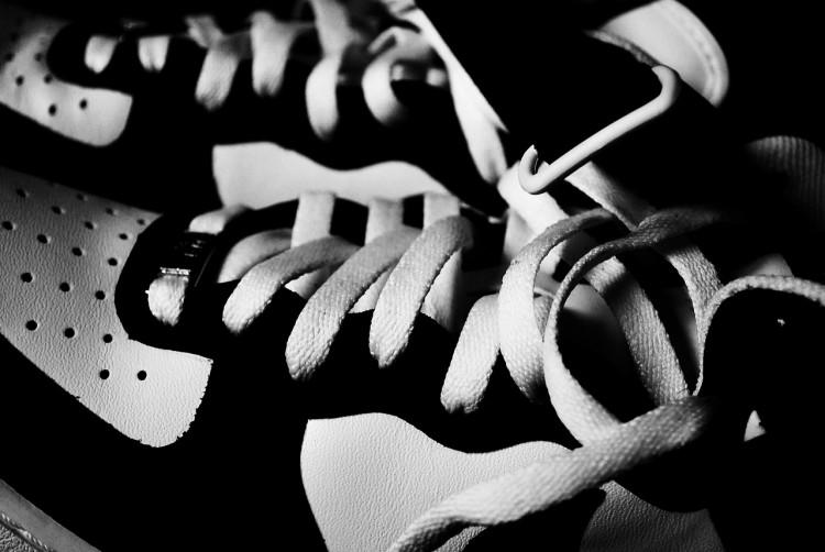 shoes-325471_1280