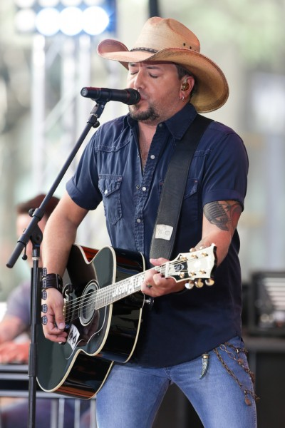 aldean, jason, recording, music, new, show, york, guitar, celebrity, smile, nbc, manhattan, stage, city, concert, country, rockefeller, singer, artist, today, singing, plaza, performance 13 Highest Paid Singers in the World in 2015