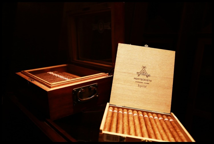smoking-886543_1920 7 Countries That Make The Best Cigars in The World