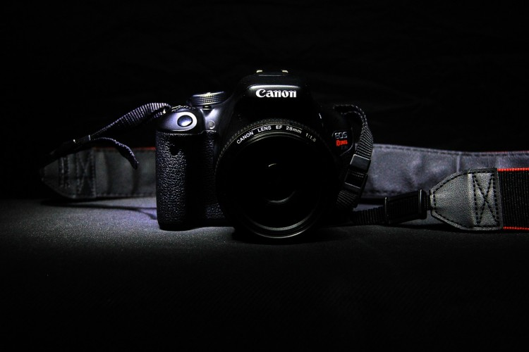Canon EOS Rebel SL1 6 Easiest DSLR Cameras to Use for Beginners