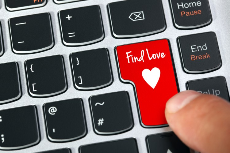 dating, internet, laptop, date, fun, love, net, sex, key, day, cyberspace, symbol, match, e-mail, technology, computer, partner, relationship, meet, cupid, surfing, pc, find,10 Dating Sites With The Highest Success Rates