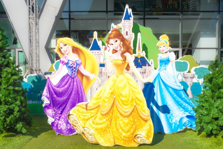 disney, 2016, thailand, decoration, photo, friends, cinderella, colourful, new, beast, celebration, fans, belle, bangkok, best, feast, family, princess, parade, colorful, beauty, tales, booth, rapunzel, photo-booth, party, fairy, pattern, happy, year