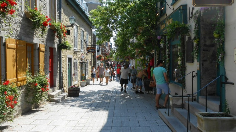11 Best Places to Retire in Canada
