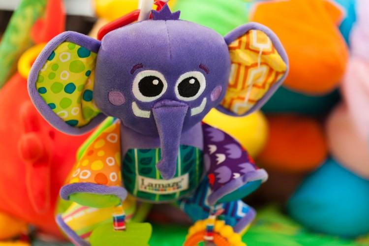 Best Toys to Buy on Amazon Under 25 Dollars