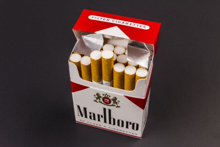 How much nicotine is in a Marlboro special blend light 100