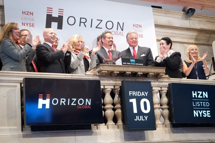 HZN, Horizon Global, NYSE_podium_bell_ringing_July_10_HZN