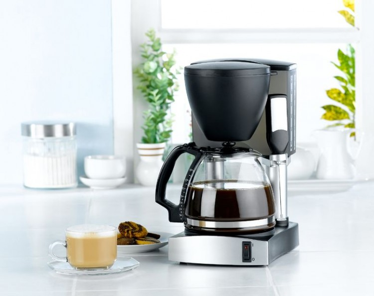 appliance, arabica, aroma, aromatic, beverage, black coffee, black coffee mug, blend, blender, boil, boiler, breakfast, brew, cafe, caffeine, cappuccino, coffee, coffee blender, coffee maker machine, cup, drink, espresso, food, handle, heat, home appliances, hot, hot drinks, jar, kitchen, kitchenware, latte, machine, maker, mellow, metal, milk, mocha, modern, mug, pot, restaurant, roasted, robusta, seed, smell, snack, steel, taste