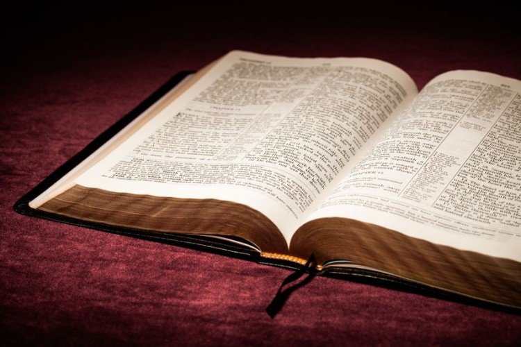 Most Popular Best Selling Bible Translations in 2018