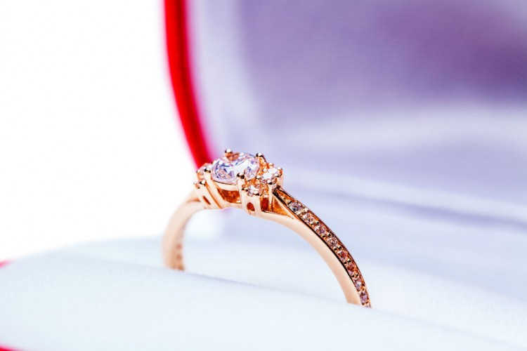 6 Best Vintage Rose Gold Diamond Engagement Rings on Etsy