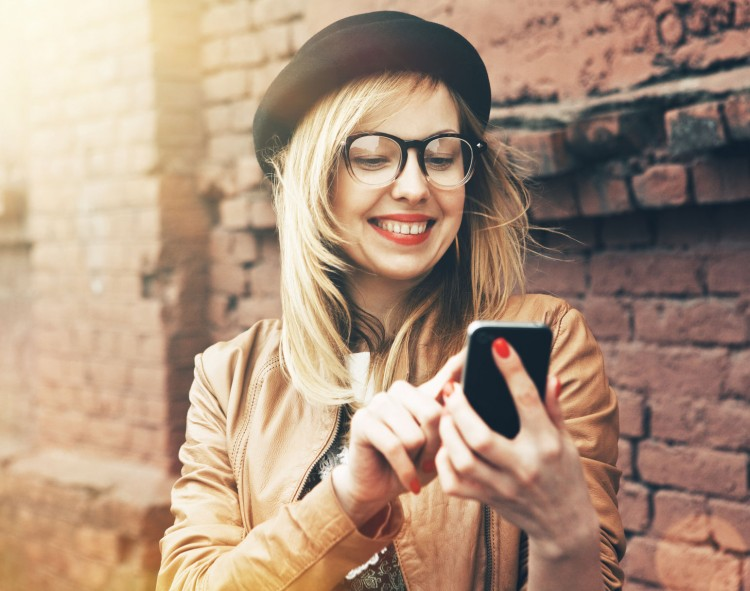 16 Apps For Meeting Cool People and Making Friends Near Me
