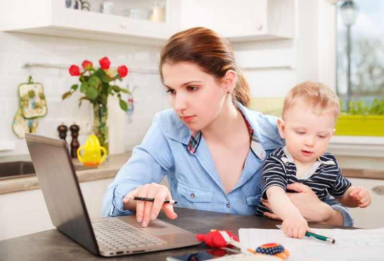 Top 10 Working Mom Blogs - Insider Monkey