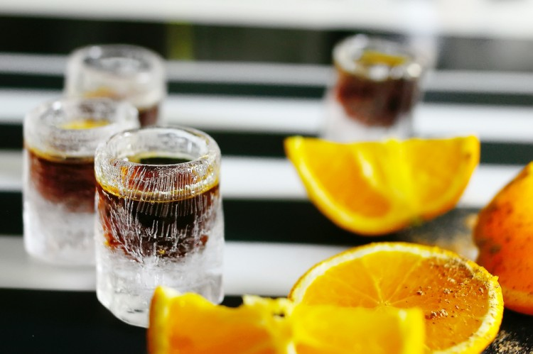 7 Best Alcoholic Drinks For Sore Throat, Cough, and Cold