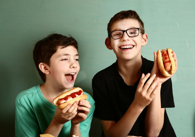 10 Biggest Hot Dog Eating Contests In The World