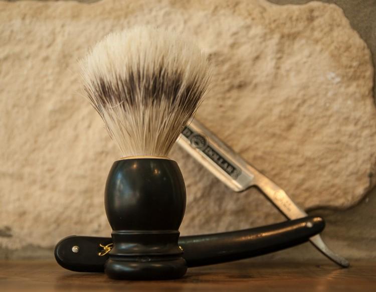 razor-1179458_1280_Barber tools
